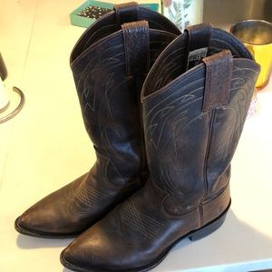 7.5 Brown Frye boots (cowboy style)